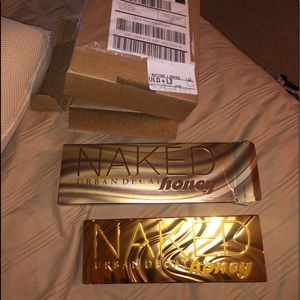 New authentic urban decay naked honey